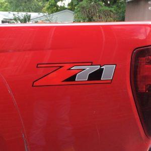 Z71 Bed Side Logo Decals Chevrolet Silverado / Colorado x2